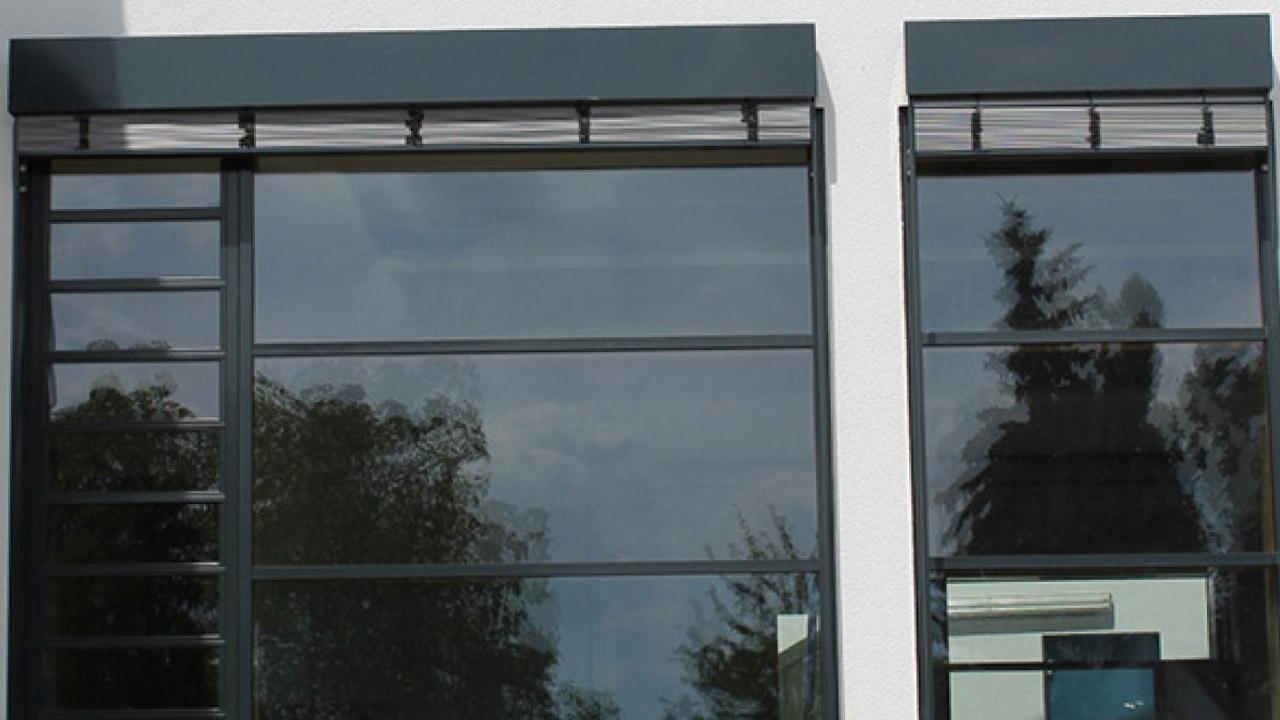 Fenster aus holz aluminium und stahl seufert niklaus for Fenster aluminium